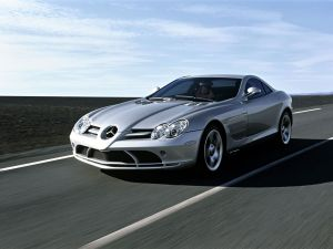 mercedes-benz-slr-sports-car-6